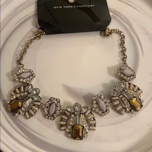 New York and Co. Statement Necklace - NWT